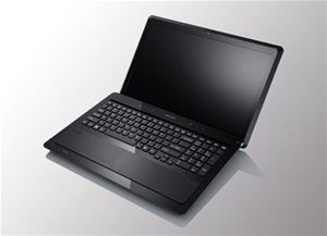Laptop SH Sony vpcf1, i7-q740, 1.7ghz, Ram 8gb ddr3, HDD 500gb 16""
